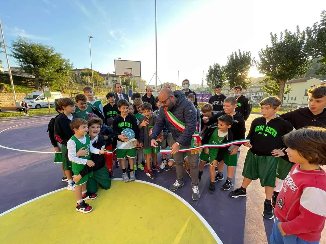Inaugurazione campo di basket all'aperto Giardino dei Peri